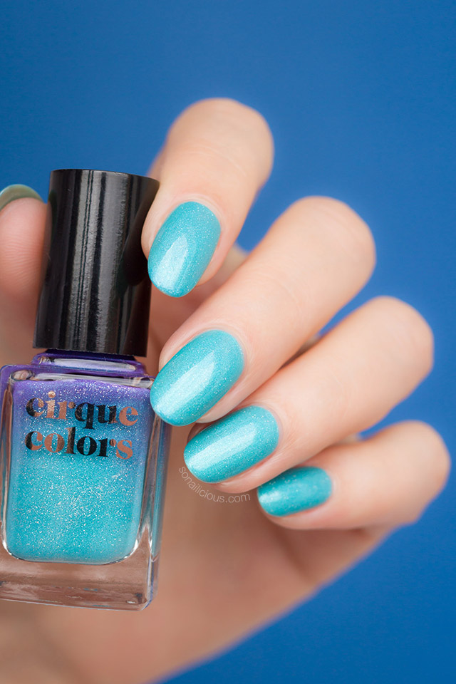 cirque colors Luna thermal nail polish