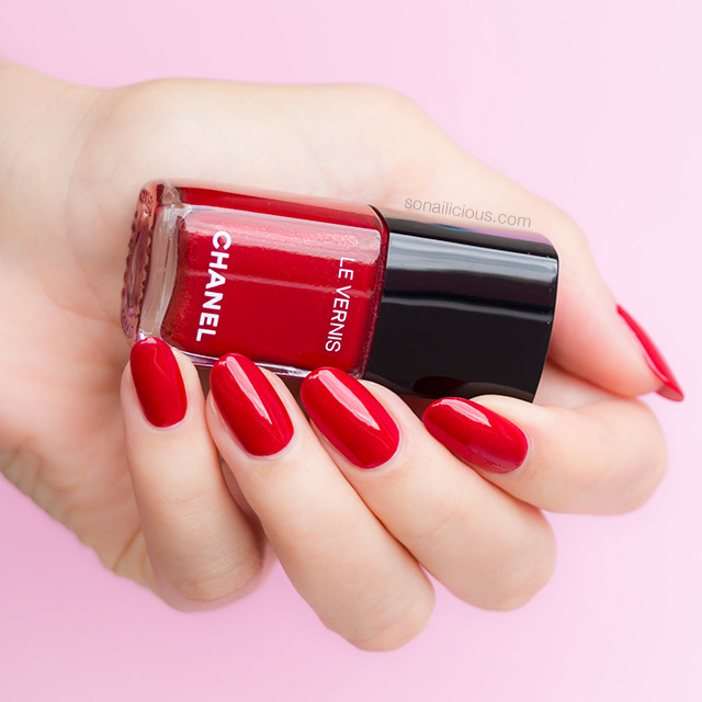 red Chanel polish flamboyance review