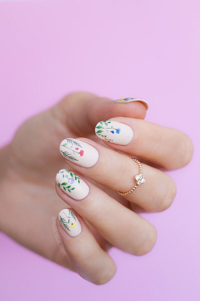 Wildflower nails
