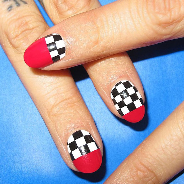 abstact checkered nails