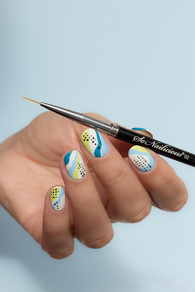 abstract nails with the best liner nail art brush