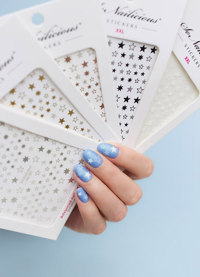 blue and white star nails