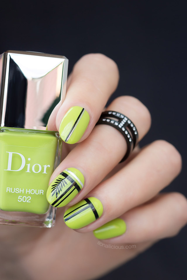 green halloween nails with DIOR vernis rush hour