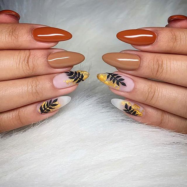 floral fall nail ideas