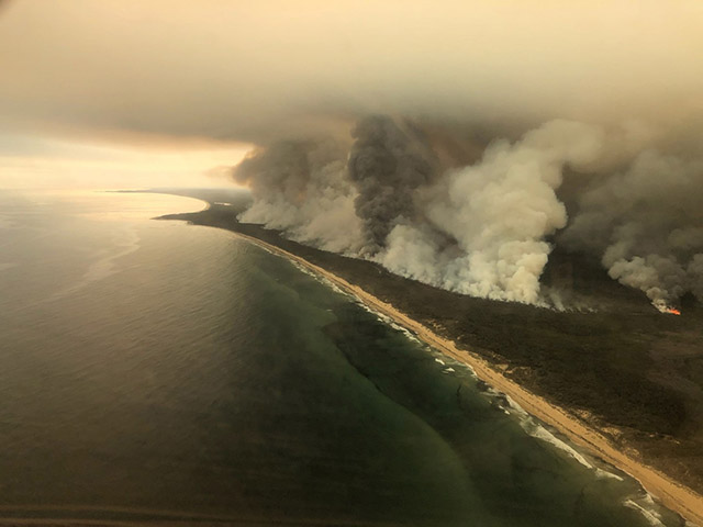 Australia fires smog and carbon emissions